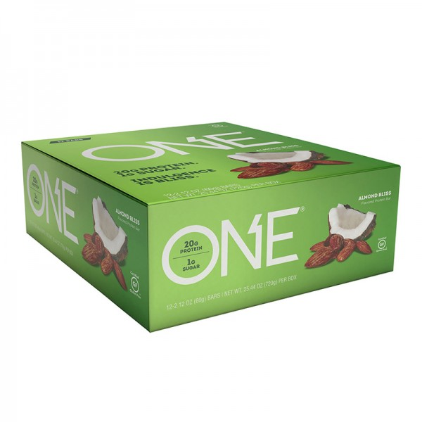 ONE Baton proteic cu cocos si migdale (60 grame), GNC